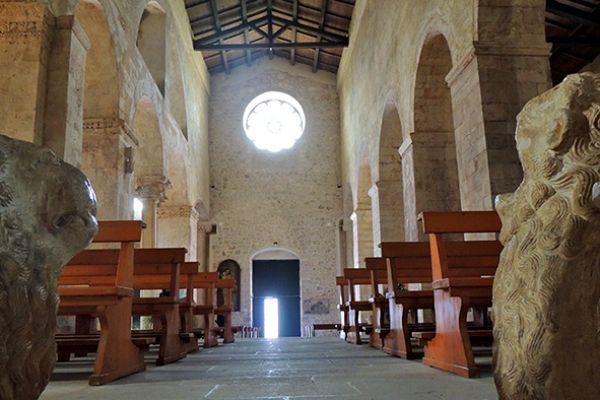 chiesa-santommaso-dentroE8996247-380C-5BDA-C5CA-CCE7A4780F86.jpg