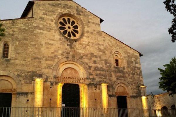 chiesa-di-san-tommaso35B09806-9EB6-390E-21ED-64CEFC823EE7.jpg