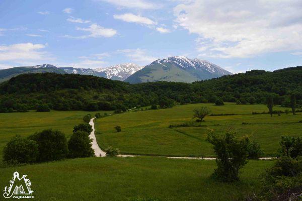 valle-giumentina-strada-majella-abruzzo-italy9D91BB25-FEEE-B58C-9F9F-5C9BF8F6A487.jpg